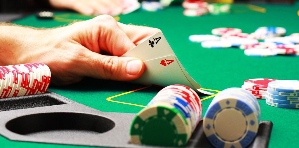 Hiểu rõ poker là gì? Nắm rõ quy luật chơi poker